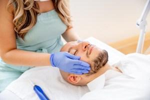 man getting spa treatment at ellemes medical spa