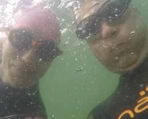 Undervands-svømmemakker-selfie