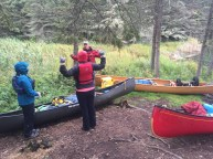 Getting ready for the last morning of paddling, Still quite cold!