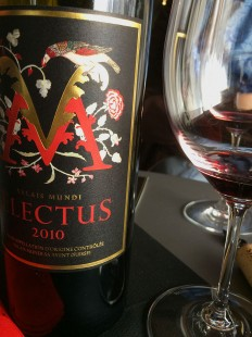 wine red blend Electus Mundi Provins_070415