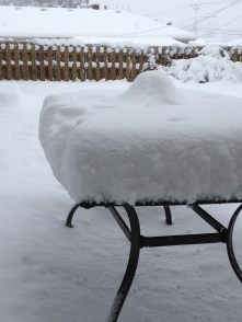 snow-table-patio