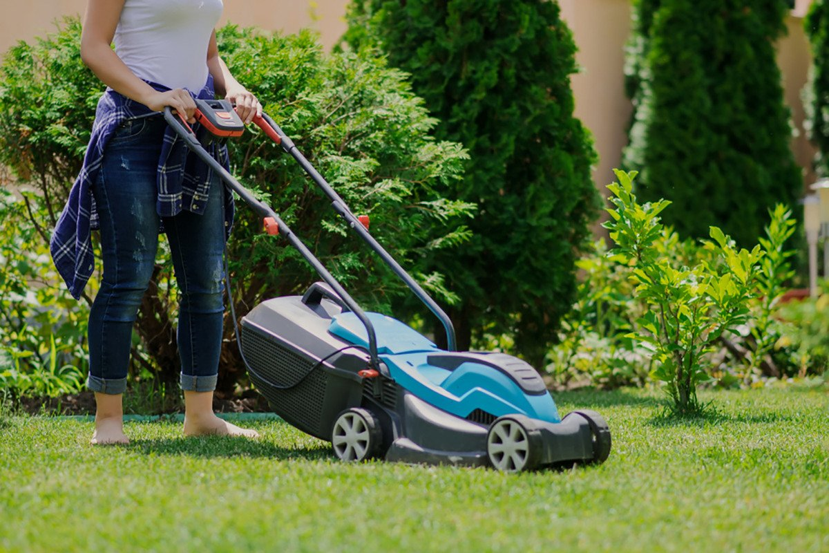 how to start riding a lawn mower