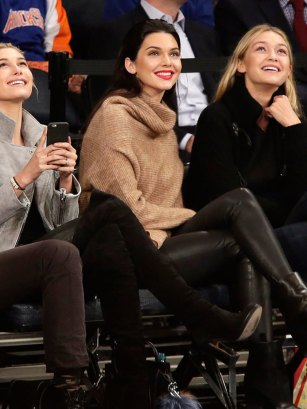 Kendall Jenner Courtside Outfits are amazing!