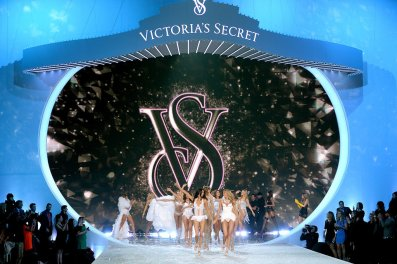 Victoria-Secret-Fashion-Show-2013-Pictures (4)