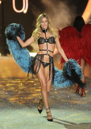Victoria-Secret-Fashion-Show-2013-Pictures (67)