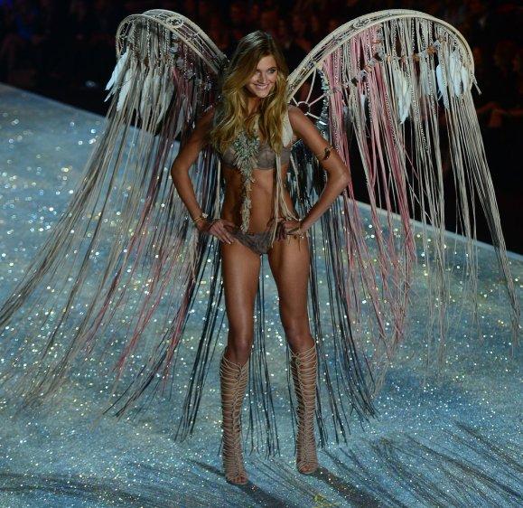 Victoria-Secret-Fashion-Show-2013-Pictures (75)