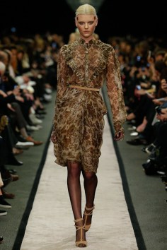 givenchy-rtw-fw2014-runway-02_15160046969