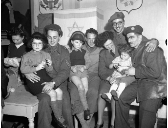 Jewish Canadian soldiers with Jewish orphans