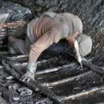 Ανθρακωρύχος βρέθηκε ζωντανός σε συντρίμμια σεισμού μετά από 17 χρόνια!