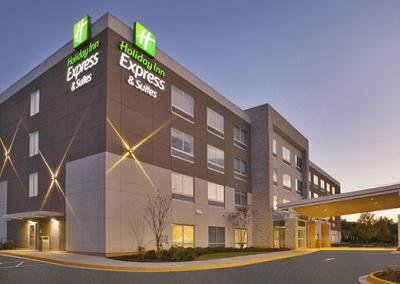 Hotels & Apartments