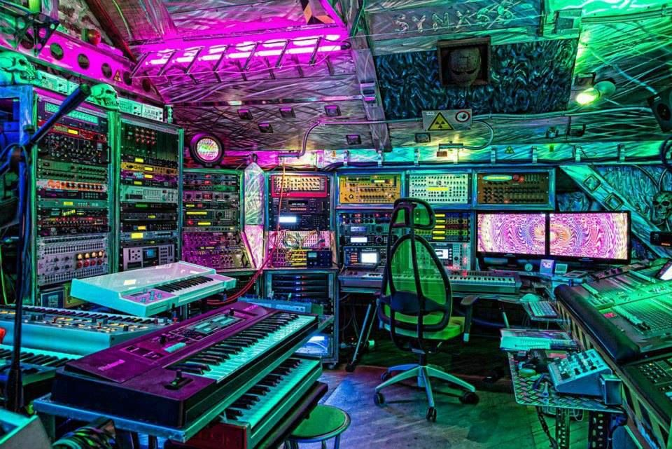 modern electronic music studio