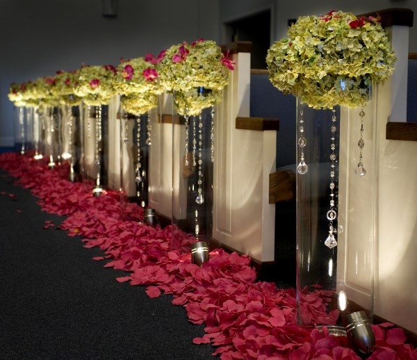 TIF-aisle vase hanging jewel arrangements copy
