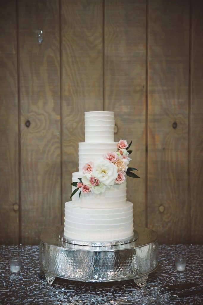 wedding cake, icing, floral design