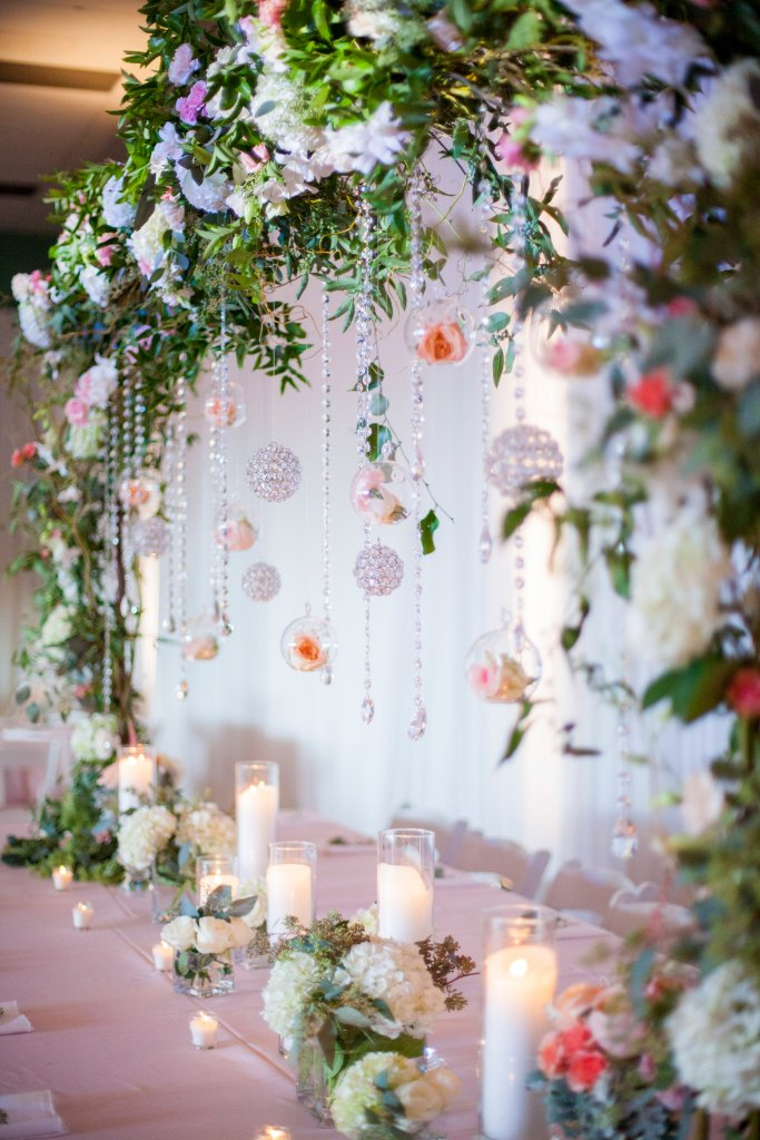 greenery, large centerpiece, jewels