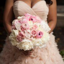 nfl bride, pink, white bouquet