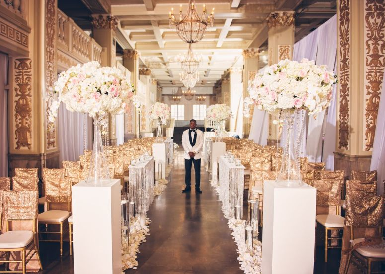 ceremony, centerpieces, aisle markers