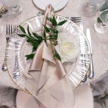 napkin, plate, greenery, place setting