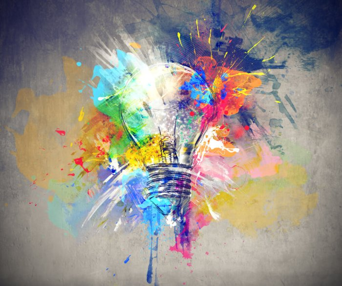Light-Bulb-Creative-Sometimes-I-Train