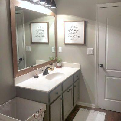 DIY Builder Grade Mirror Frame