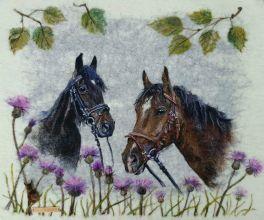 huopataulu, ellunhuopa, huovutus, suomenhevonen, suomi 100v, huovutus, felting, wool art, horses, finnish horse