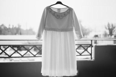 ellwed ellwed-George-Liopetas-Photography_02 Retro Rock Simple Greek wedding