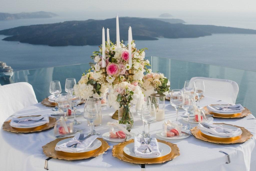 ellwed BenWyattPhotography-70-1024x684 Blush and Gold Luxury Chic Santorini Wedding