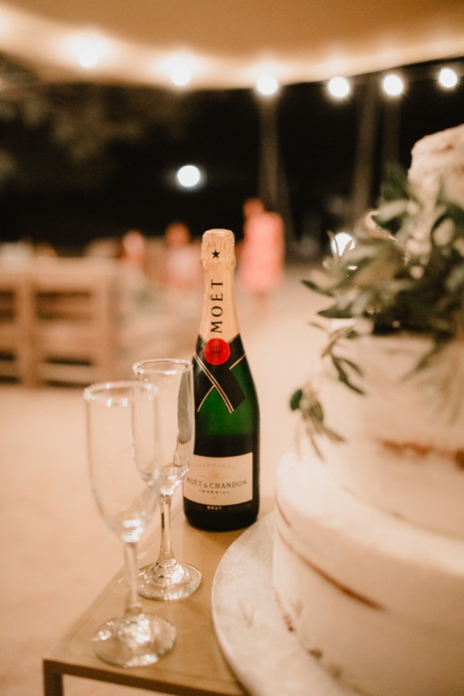 ellwed Ellwed_Anestis_Papakonstantinou_60 Serene and Idyllic Mediterranean Wedding in Antiparos