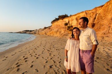 ellwed Stefan-Fekete-Photography-Mihaela-and-Andrei-Elopment-Naxos-Greece-098 Simple Down to Earth Elopement in Naxos