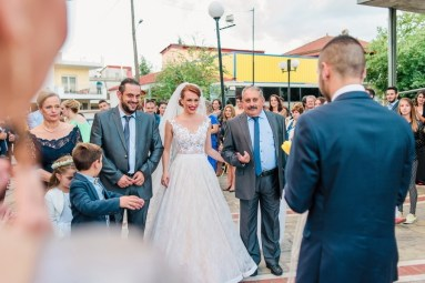 ellwed sofia_george_mirror_sg638_low Greek Spring Inspired Wedding with Tulips in Tyrnavos