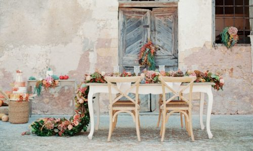 Getting Married in Greece in 2021/22 Table Setup