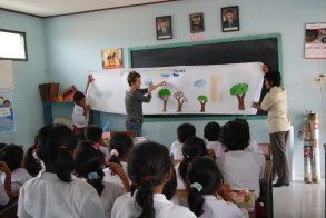 Tully State School's picture ready to collaborate with SD Perontakan