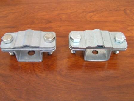 Слева - держатель проводника ДПУ-30ГЦ, справа - подделка под торговой маркой Ezetek