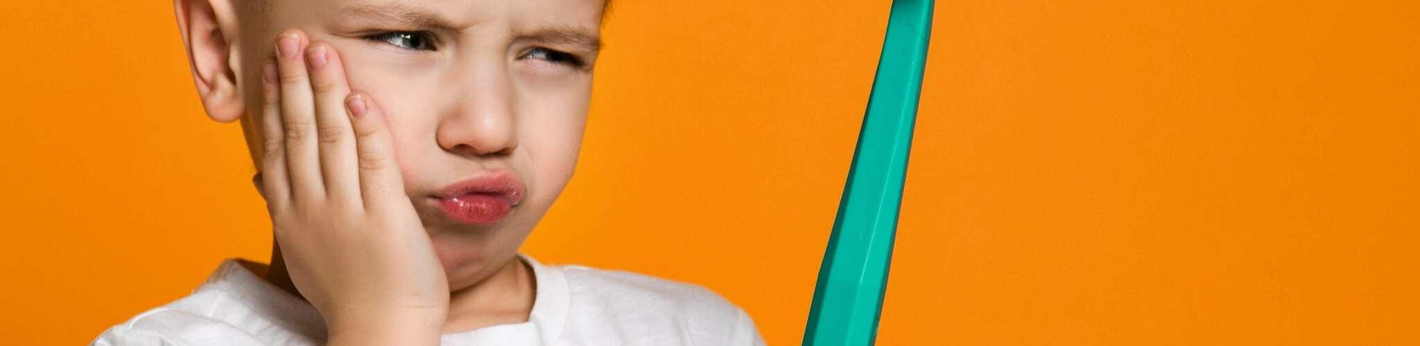 الم الاسنان عند الاطفال