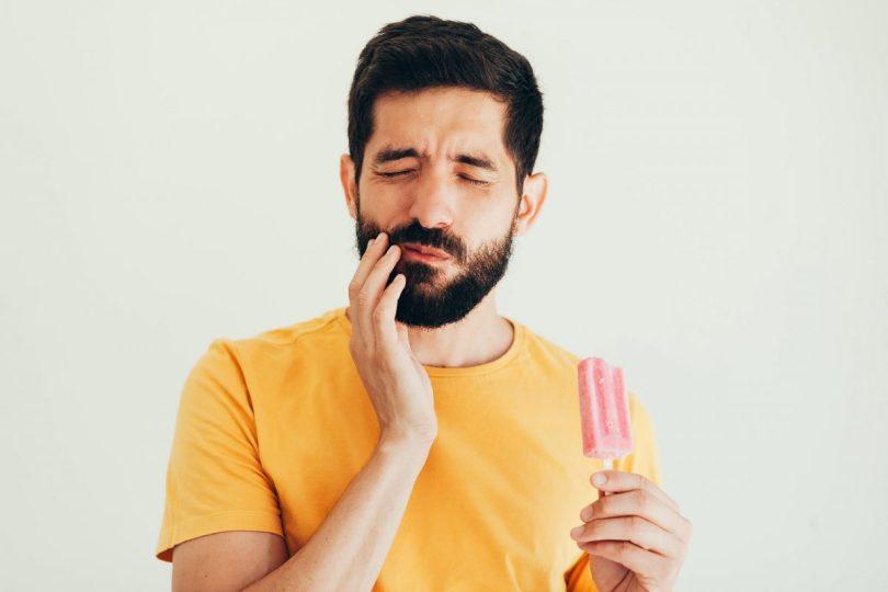 اسباب الم الاسنان المفاجئ