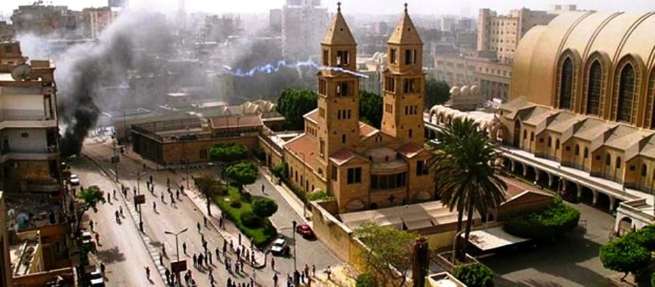 catedral-san-marcos-el-cairo-atacada