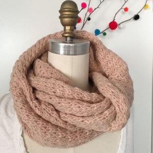 Alpaca Eternity Scarf Wrap Marled Blush