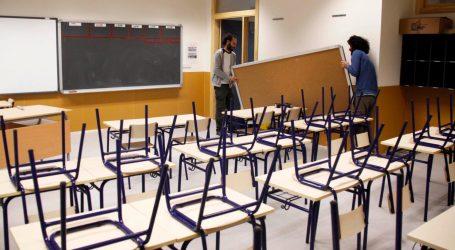 Xirivella celebra la no supressió d'una unitat al CEIP Ramón i Cajal