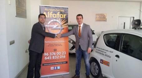 El Alcalde Juan Ramón Adsuara recogió el primer vehículo municipal transformado a AutoGas GLP