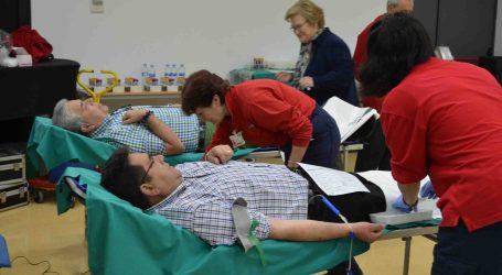 Cien vecinos de Moncada participan en el día de la donación de sangre
