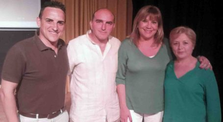Amparo Mora presenta la candidatura del PP del Barrio del Cristo