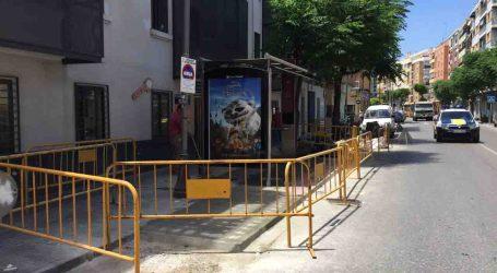La parada d'autobús del carrer Conca d'Alaquàs es trasllada al número 25