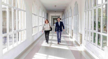 """Bielsa pide """"gestos"""" en el Hospital Militar de Mislata"""
