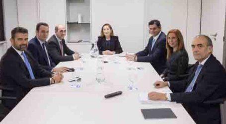 Ana Pastor se reúne con ex alcaldes del PP de l'Horta para tratar el tema de la línea C3