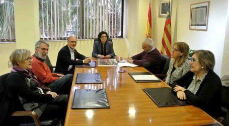 Paiporta i Escola Valenciana signen un conveni per a promoure l'ús del valencià