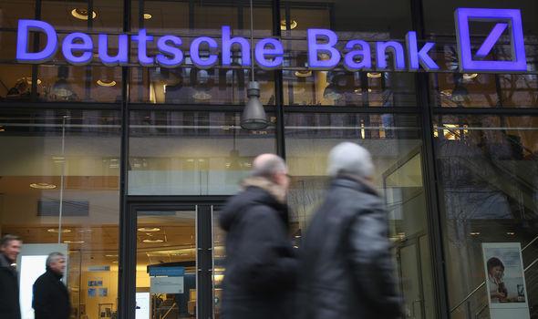 ALEMANIA PREPARA EN SECRETO PLAN DE RESCATE DE EMERGENCIA PARA EL DEUTSCHE BANK