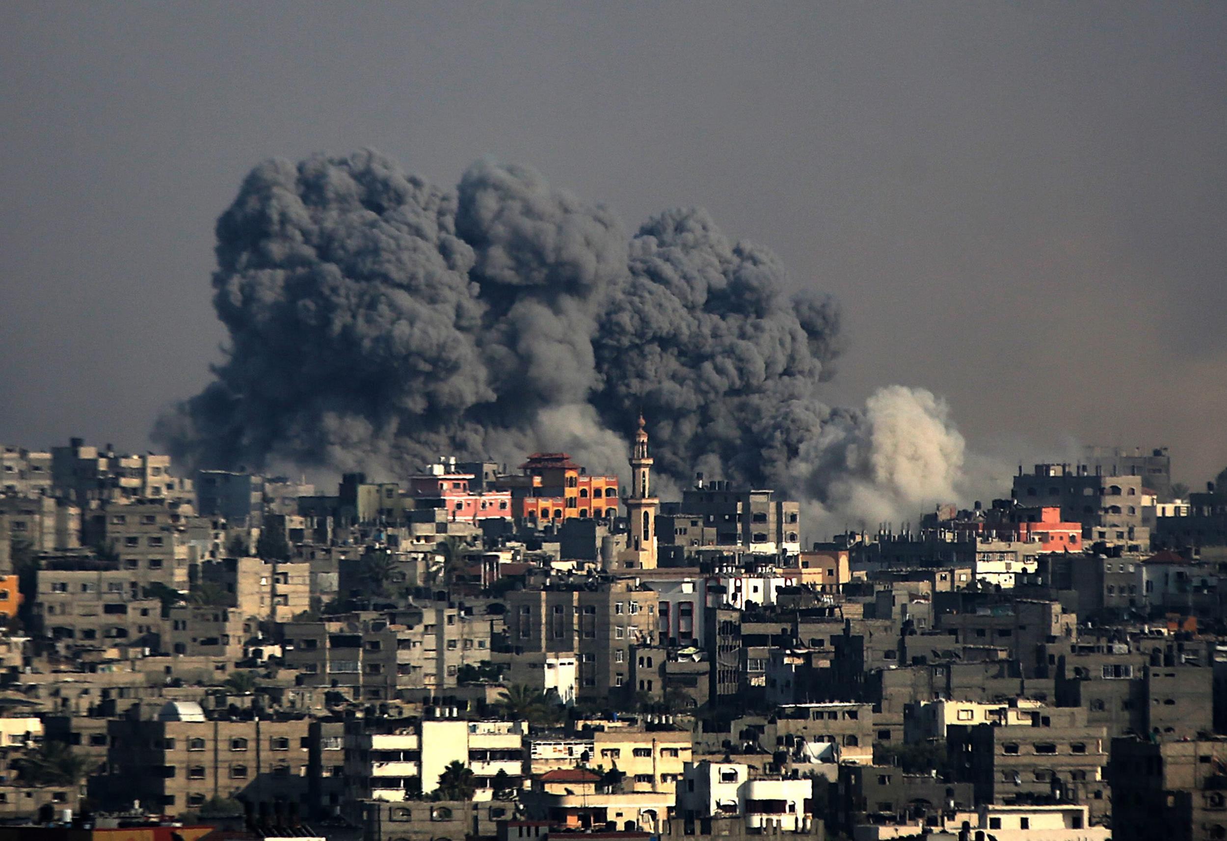 MINISTRO DE DEFENSA DE ISRAEL AMENAZA CON ELIMINACIÓN COMPLETA DE HAMÁS EN GAZA