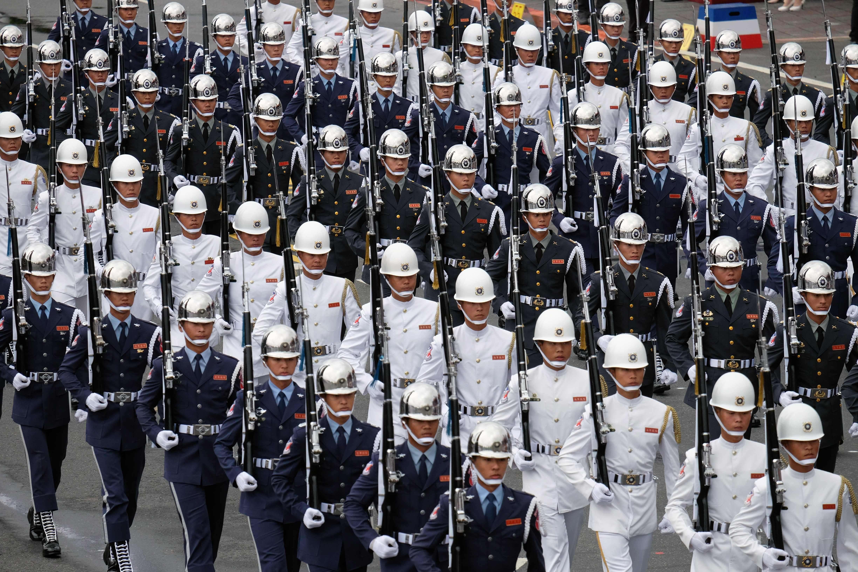 EX GENERAL CHINO LLAMA A INTERVENCIÓN MILITAR EN TAIWÁN
