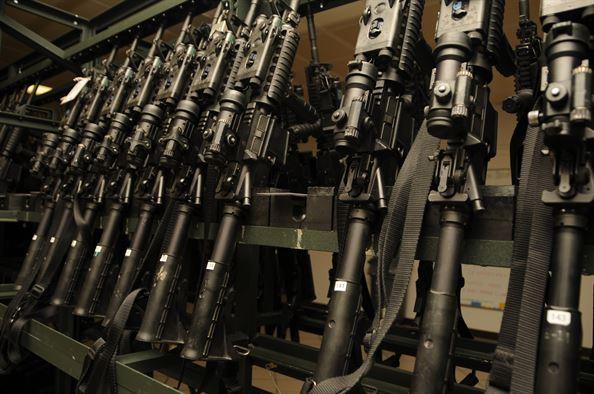 MILITARES DE EEUU PIERDEN MISTERIOSAMENTE ARMAS POR VALOR DE 1000 MILLONES DE DÓLARES ¿QUE ACABAN EN MANOS TERRORISTAS?
