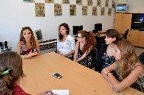 La visita de los jóvenes tuvo lugar en el marco de intercambio cultural que lleva a cabo la Fundación Nuevo Milenio