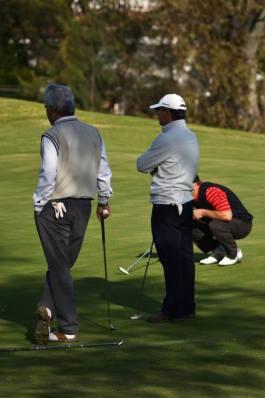 Golfistas de toda la provincia se presentan en el Golf Club de la ciudad de Villa Allende con un motivo: colaborar con la educación y la cultura de Sierras Chicas.